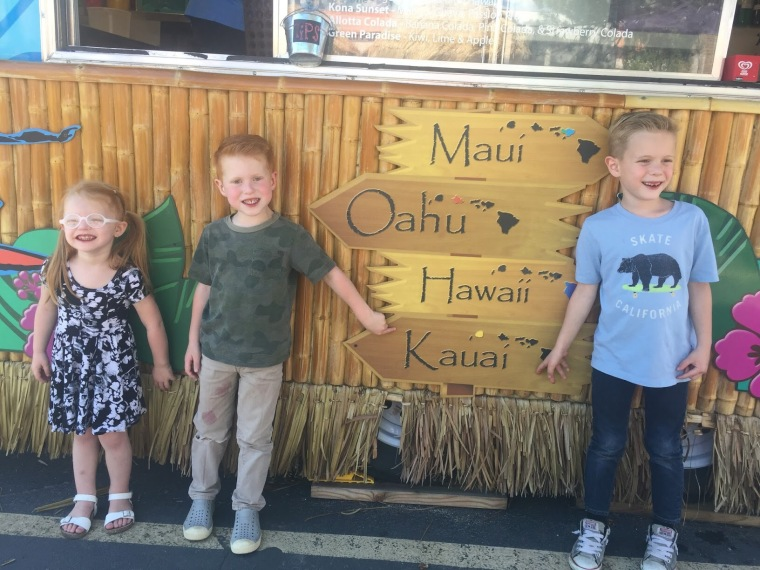 Hunt kids in Kauai